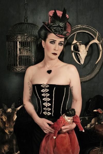 victorian_gothic_heather
